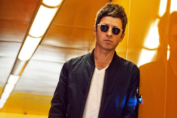 Noel Gallagher Says Modern Rock Stars Are Dull, Especially Arctic Monkeys