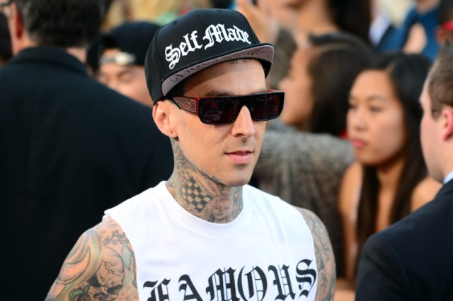"Blink-182's Travis Barker Says Tom DeLonge Is Not A True Punk And Should Just ""Man Up And Quit"" Already"
