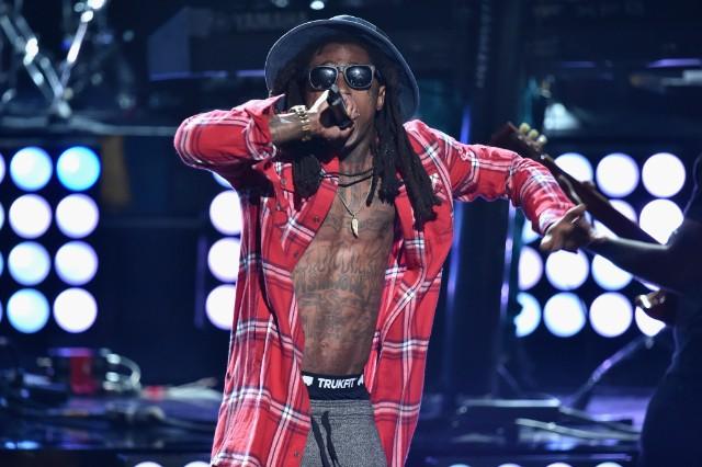 Lil Wayne Coco Mic Throw