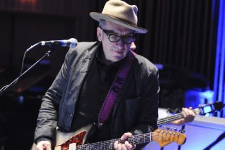 Elvis Costello&#8217;s Memoir <em>Unfaithful Music &#038; Disappearing Ink</em> Coming This Fall