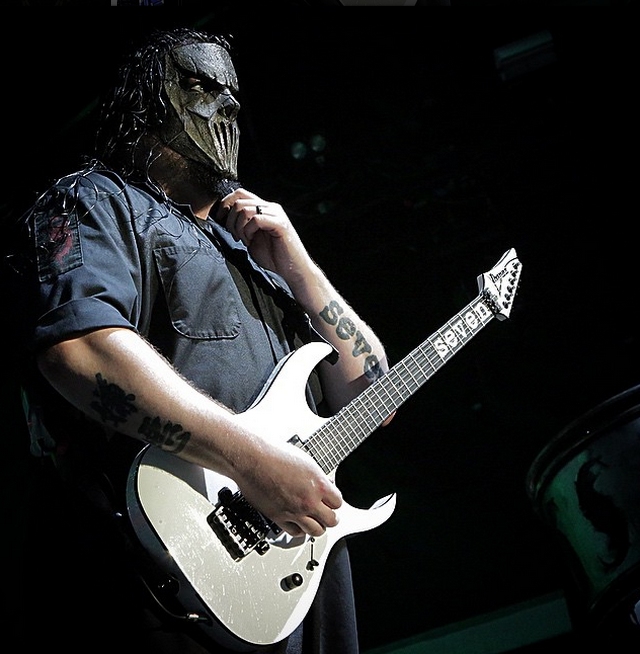 Mick Thomson Slipknot Guitarist Stabbed