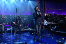 "Watch Kevin Drew And Andy Kim Bring ""Sister OK"" To Letterman"