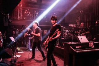 Watch Blur Play &#8220;There Are Too Many Of Us&#8221; At <em>Magic Whip</em> Secret Show (Stereogum Premiere)