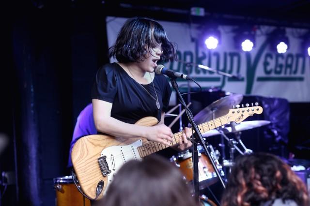 brooklynvegan_screamingfemales_3