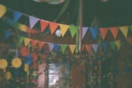"""Flagland – """"Awesome Song, Kerry Jan"""" (Stereogum Premiere)"""