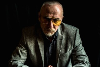 Graham Parker Eviscerates New Singles By Mumford & Sons, Carly Rae Jepsen, & More