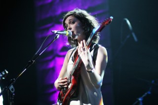 St. Vincent To Collaborate With Wire At DRILL: Chicago Festival