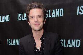 """Watch Brandon Flowers Cover INXS' """"Don't Change"""" In L.A."""
