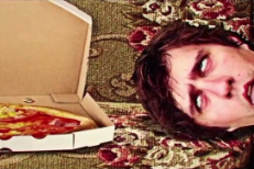 "Rozwell Kid - ""Kangaroo Pocket"" Video (Stereogum Premiere)"