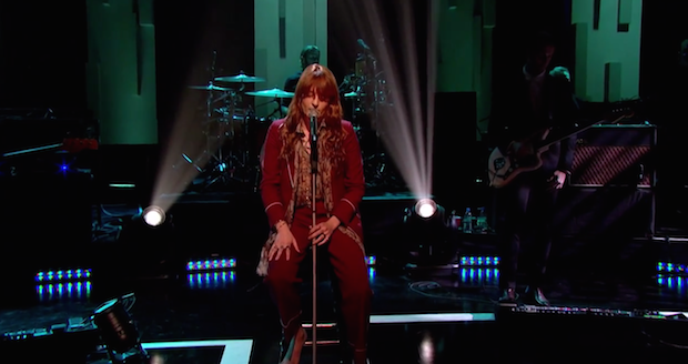 Watch Florence + The Machine Perform With A Broken Foot On Jools Holland