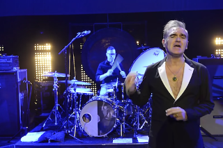 "Morrissey – ""Kiss Me A Lot"" Video"