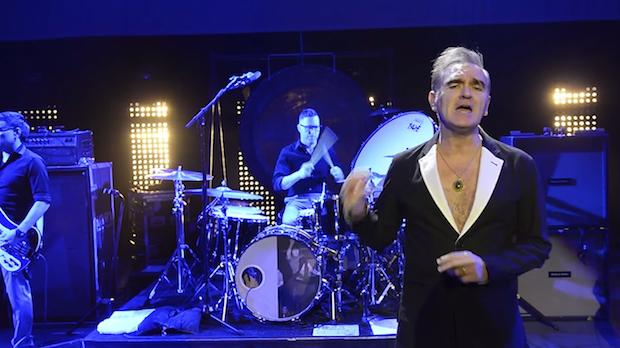"""Morrissey - """"Kiss Me A Lot"""" Video"""