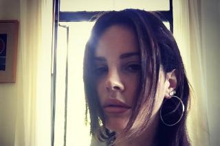 Lana Del Rey Releases Lyrics To <em>Honeymoon</em> Title Track