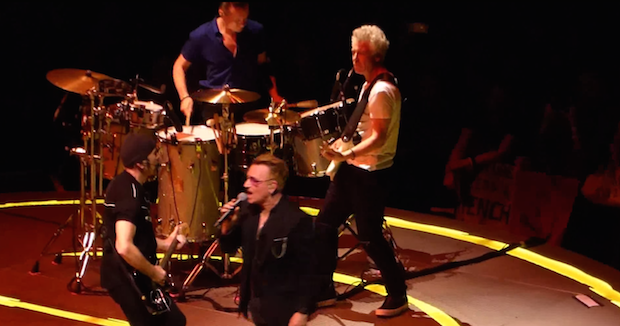 """Watch U2 Play """"When Love Comes To Town"""" For The First Time In 22 Years In Tribute To B.B. King"""