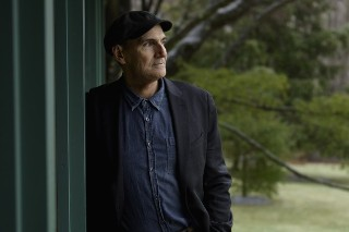 "Q&A: James Taylor On Songwriting, Sobriety, & Taylor Swift + ""Montana"" (Stereogum Premiere)"