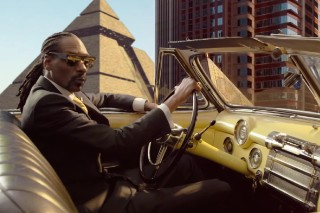 "Snoop Dogg – ""California Roll"" (Feat. Stevie Wonder & Pharrell) Video"