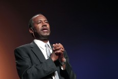 Ben Carson Announces Presidential Bid With A Gospel Eminem Cover