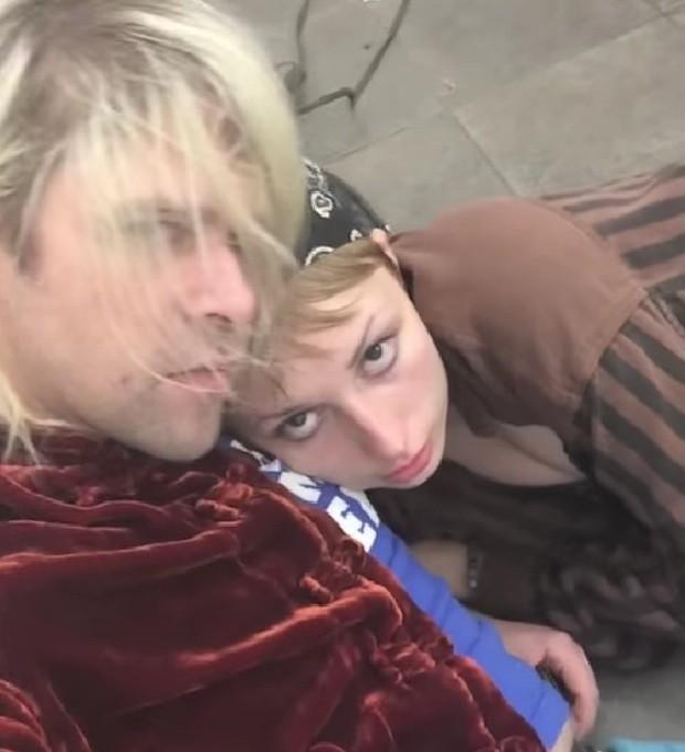 Ariel Pink - I Need A Minute video