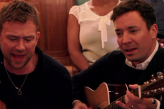 Watch Blur Play &#8220;Tender&#8221; With Jimmy Fallon Backstage At <em>The Tonight Show</em>