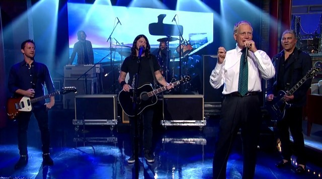 Foo-Fighters-and-David-Letterman-640x356