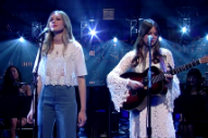 Watch First Aid Kit&#8217;s Spine-Tingling Cover Of Simon &#038; Garfunkel&#8217;s &#8220;America&#8221; On <em>Letterman</em>