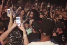 Watch Waka Flocka Flame Jump Offstage To Break Up A Fight, Force Goons To Hug