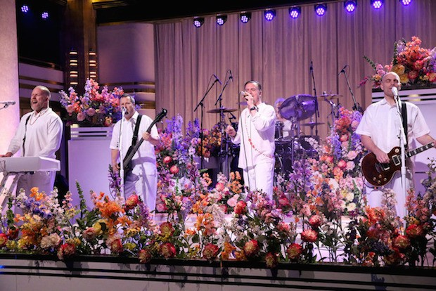 """Watch Faith No More Perform """"Superhero"""" Dressed In All-White On Fallon"""