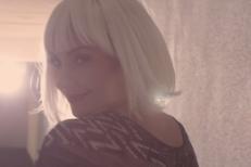 "Giorgio Moroder - ""Déjà Vu"" (Feat. Sia) Video"