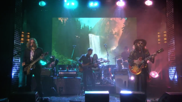 """Watch My Morning Jacket Debut New Song """"Compound Fracture"""" On Jimmy Fallon"""
