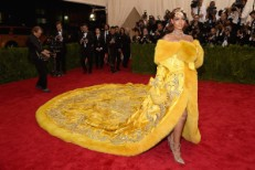 "Watch Rihanna Perform ""Bitch Better Have My Money"" At The Met Gala"