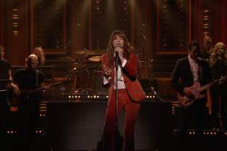 Watch Florence + The Machine Perform &#8220;Ship To Wreck&#8221; On <em>Jimmy Fallon</em>