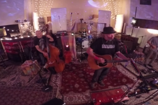 "Neil Young + Promise Of The Real – ""Wolf Moon"" Video"
