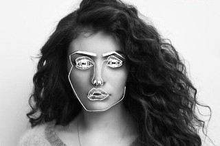 Lorde Teases Disclosure Collab, Oreo Milkshake
