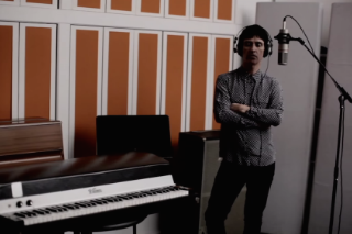 """Johnny Marr – """"Candidate"""" Video"""