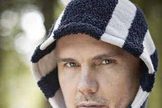 Billy Corgan Returns To CNBC To Talk Taylor Swift And Apple