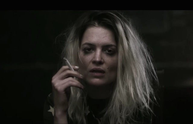 Alison Mosshart - Trying To Believe video