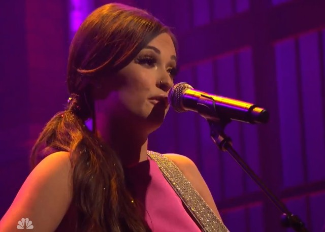 Kacey Musgraves on Seth Meyers