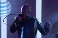 Watch Radiohead&#8217;s Philip Selway Play Two Songs On <em>Kimmel</em>