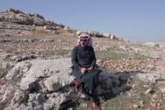 "Omar Souleyman – ""Bahdeni Nami"" (Prod. Four Tet) Video"