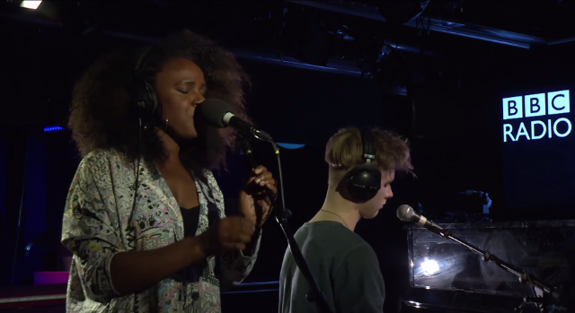 Watch Nao Cover Frank Ocean's