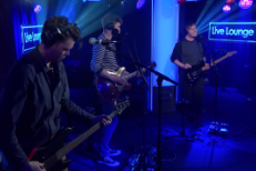 "Watch Everything Everything Cover Kelly Clarkson's ""Heartbeat Song"""