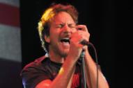 Watch Eddie Vedder Cover The Ramones With Supersuckers