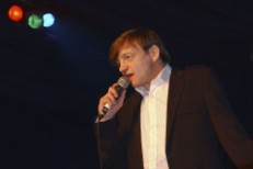 Judge Rules That The Fall's Mark E. Smith Does Not Properly Enunciate
