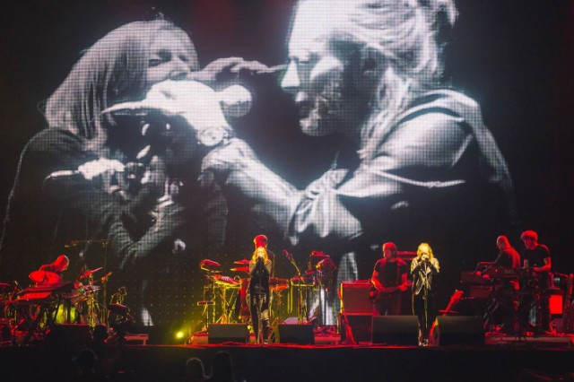 Watch Thom Yorke Sing With Portishead At Latitude Festival