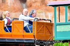Billy Corgan Braves Disneyland