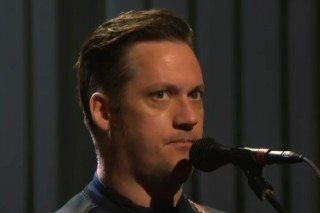 Watch Modest Mouse Play &#8220;Pups To Dust&#8221; On <em>Seth Meyers</em>