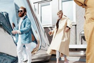 Robyn &#038; La Bagatelle Magique <em>Love Is Free</em> Details