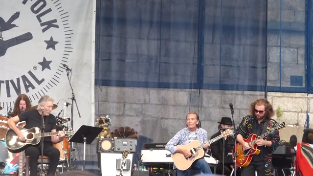 Watch My Morning Jacket Join Roger Waters At Newport Folk Festival