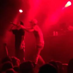 Watch Earl Sweatshirt Punch A Stage Crasher In Sydney