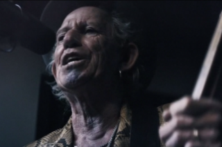"""Keith Richards – """"Trouble"""" Video"""
